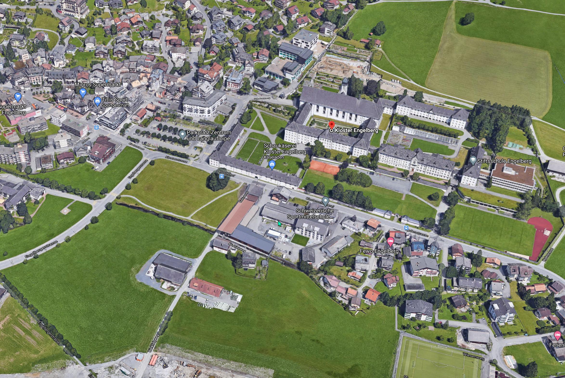 Kloster Engelberg aus der Vogelperspektive.
