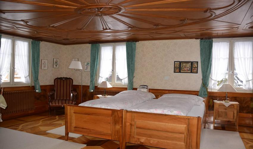 Familienzimmer mit Doppelbett, Tageslicht, viel Platz